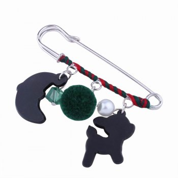 Fashion Design Santa Claus Hairball Pendant Pin Brooch Christmas Gift Charm Jewelry -  multicolorCOLOR