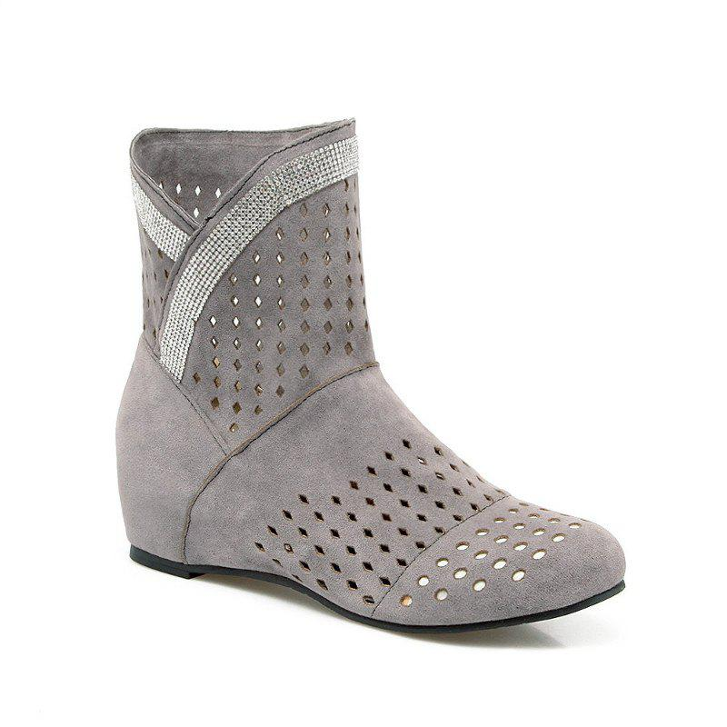 The Round Head Inside Heighten Fashionable Water Drill Hollow Short Boots - GRAY 30