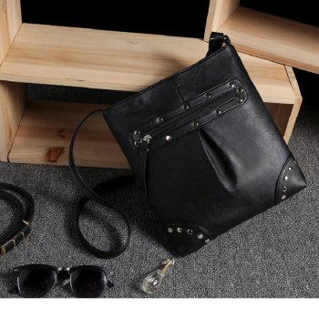 Women Messenger Bags Lady Rivet Crossbody Bags Female Fashion Travel Flap Bag Shoulder Bag - BLACK