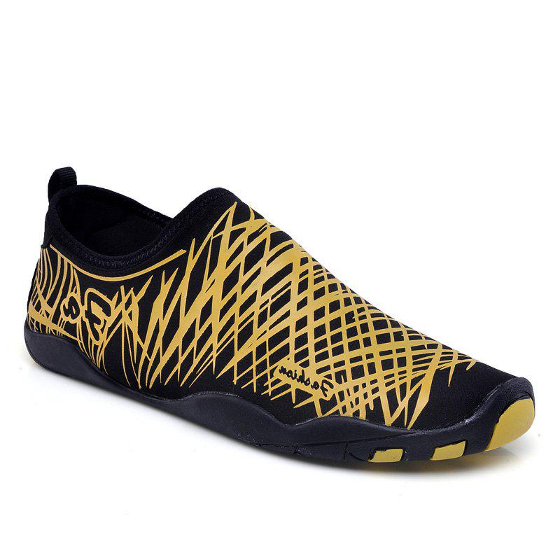 Men Beach Diving Snorkeling Wading Shoes - GOLDEN 34