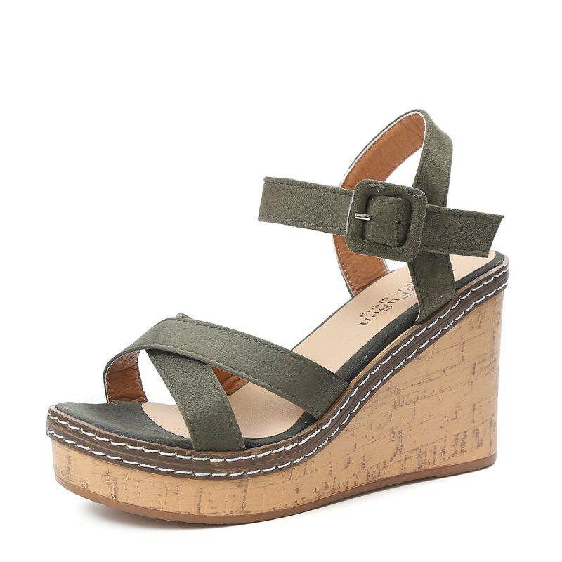 New Comfortable Joker Thick Bottom Female Sandals in Summer