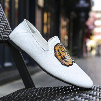 New Embroidery Tiger Head Bean Men's Shoes - WHITE 42