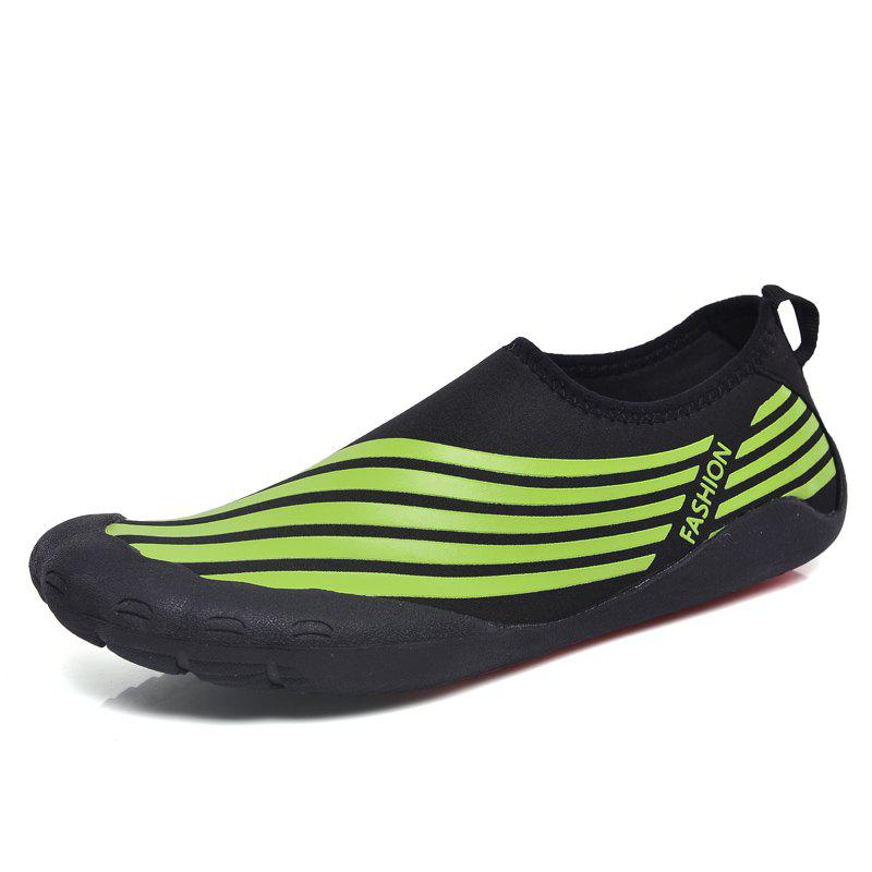 Lightweight Swimming Breathable Shoes Men Beach Shoes Comfort Flats Sneakers - PINE GREEN 39