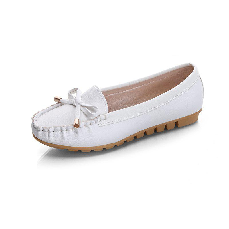 Butterfly Peas Shallow Mouth Shoes - WHITE 40