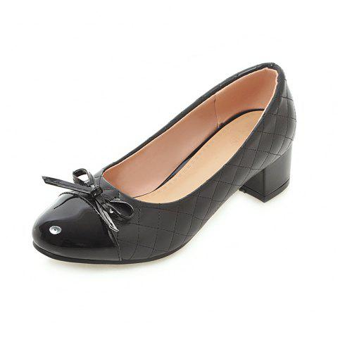 Round Toe Patent Leather Pure Color Bowknot Sweet Chunky Lady Pumps - BLACK EU 39